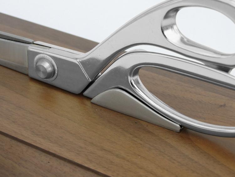 "9-1/2"" Ceremonial Scissors Horizontal Display Stand"
