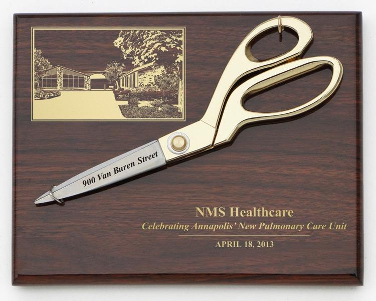 """9-1/2"""" Gold Ceremonial Scissors Piano Finish Plaque"""
